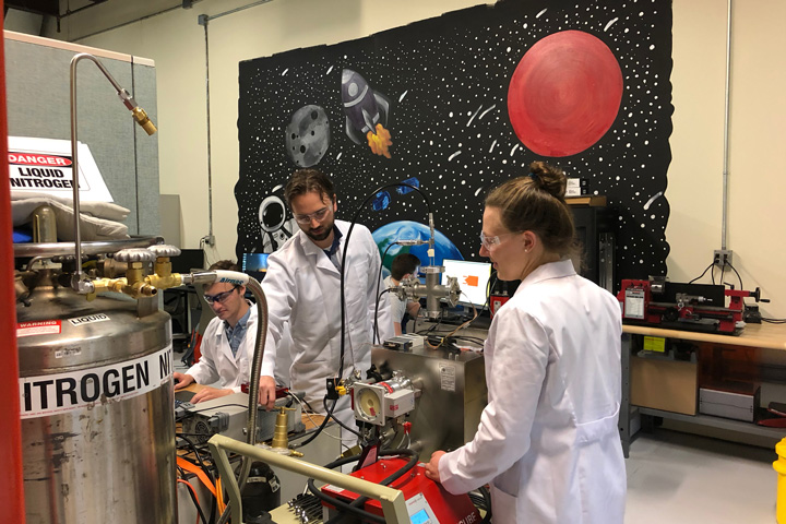 Benchmark Space Systems wins ThinkVermont Innovation Grant